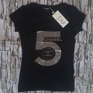12c0baad CHANEL Tees - Short Sleeve Tops for Women | Poshmark